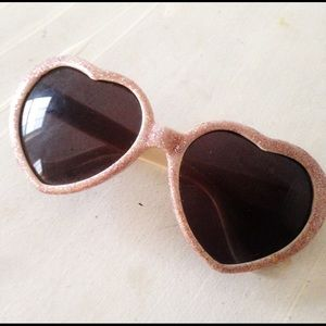 Accessories - sparkly glitter pink heart shaped sunglasses